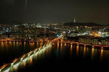 韓国の経済危機について 夜景.jpg