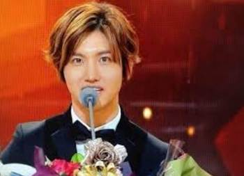 KBS芸能人大賞2013でチャンミンが最高エンターテインメント賞に! 受賞.jpg